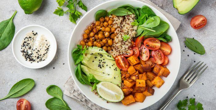 Dieta wegańska dla sportowców 3000 kcal – darmowy jadłospis