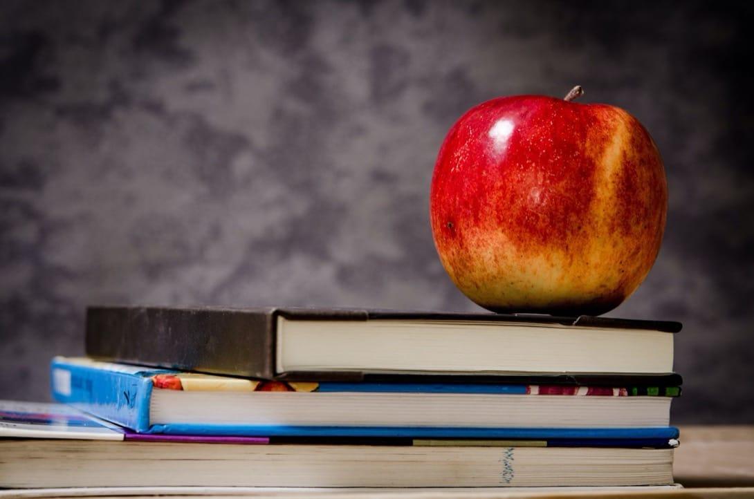 Książki dietetyka – skąd czerpać wiedzę z zakresu dietetyki?