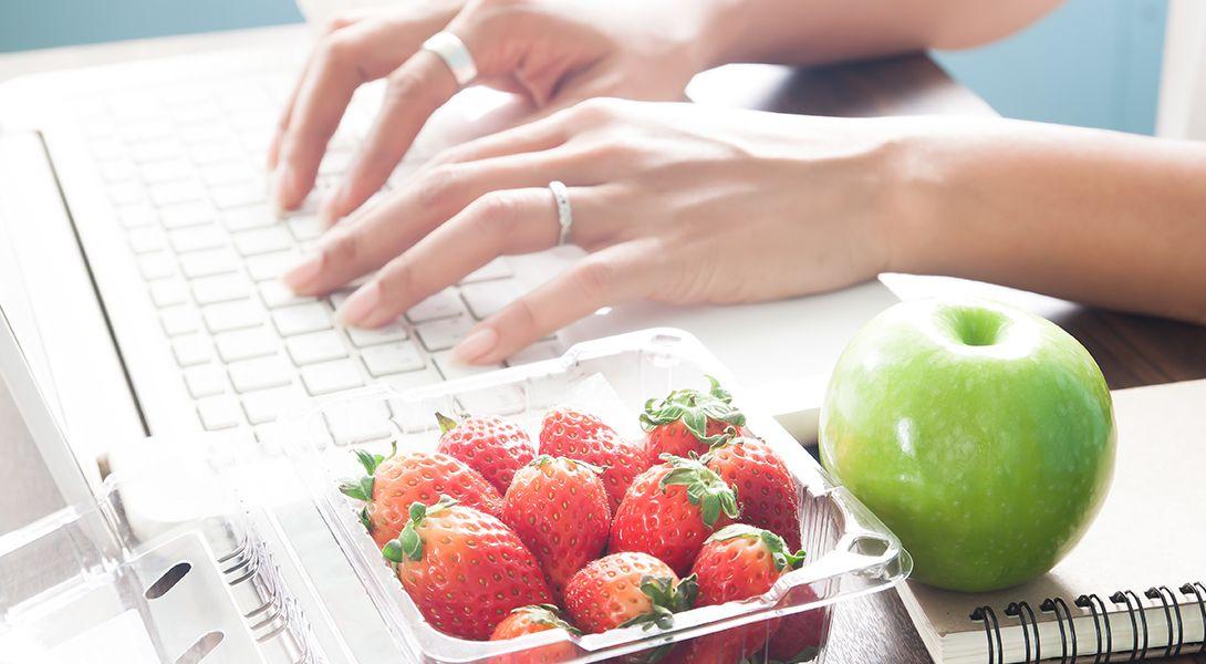 Czy warto współpracować z dietetykiem online?